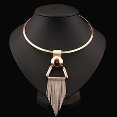Unique Alloy Women's Fashion Necklace (Sold in a single piece)