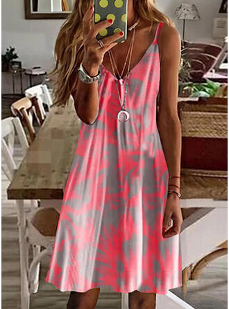 Tie Dye Sleeveless Shift Knee Length Casual/Vacation Slip Dresses